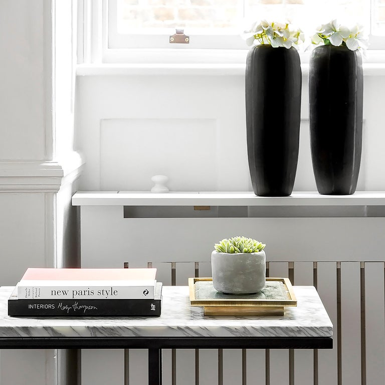 Contemporary Bacco Cantilever Side Table in Marble and Powder Coated Steel For Sale