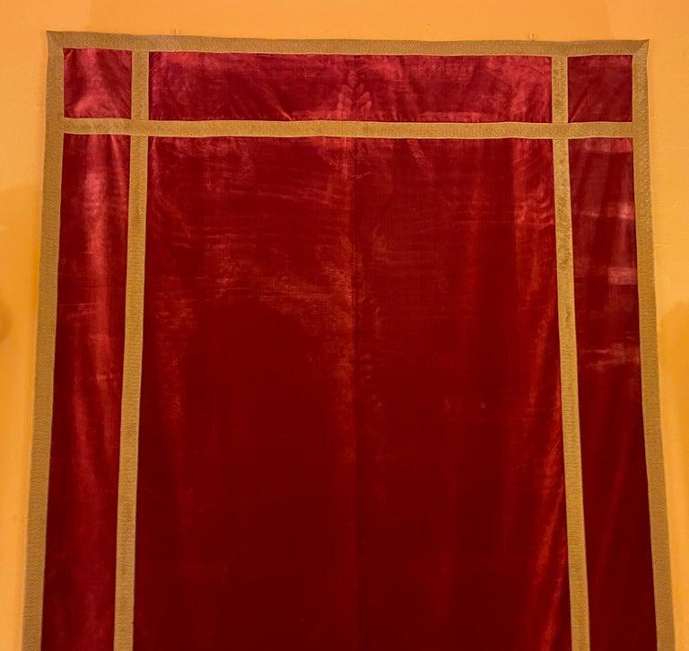 19th Century Back of Altar-Italy-19 ° Century-Red Silk Velvet For Sale