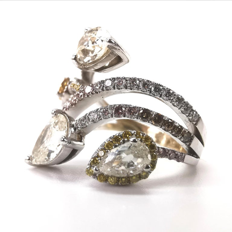 Bagatelle Diamonds Roses Ring in 18K White Gold Created by Marion Jeantet In New Condition For Sale In Paris, FR