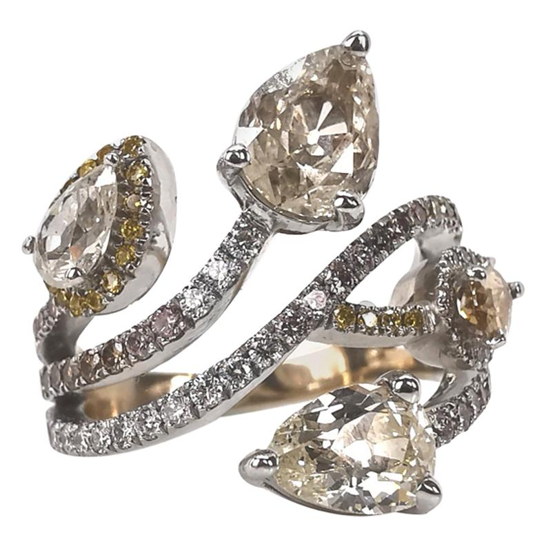 Bagatelle Diamonds Roses Ring in 18K White Gold Created by Marion Jeantet