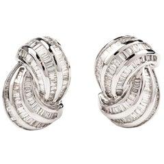 Baguette 5.20 Carats Diamond 18 Karat White Gold Swirl Earrings