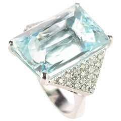 Baguette Aquamarine Diamond 18 Karat White Gold Cocktail Handmade Royal Ring