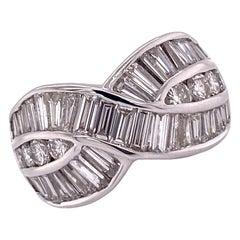 Baguette Round Brilliant Diamond 18 Karat White Gold Crossover Band Ring