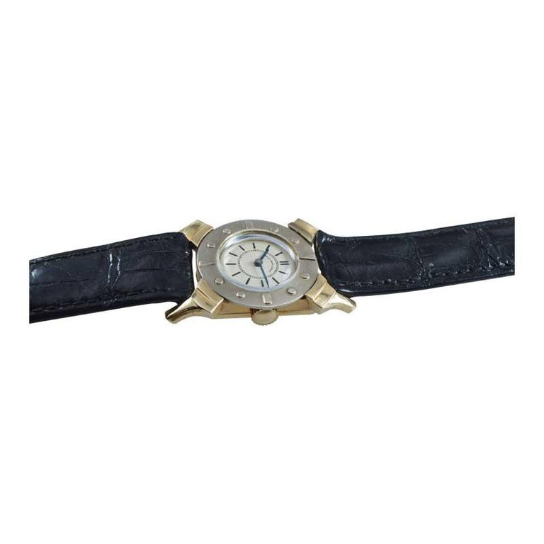 Bailey Banks and Biddle 14 Karat Solid Gold Two-Tone Art Deco Watch, circa 1930s For Sale 1
