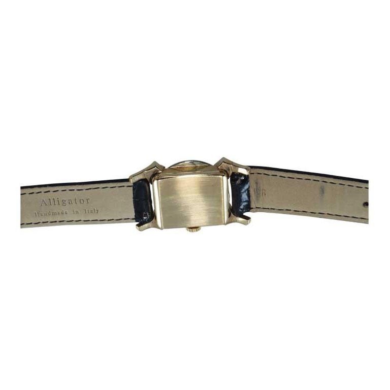 Bailey Banks and Biddle 14 Karat Solid Gold Two-Tone Art Deco Watch, circa 1930s For Sale 4