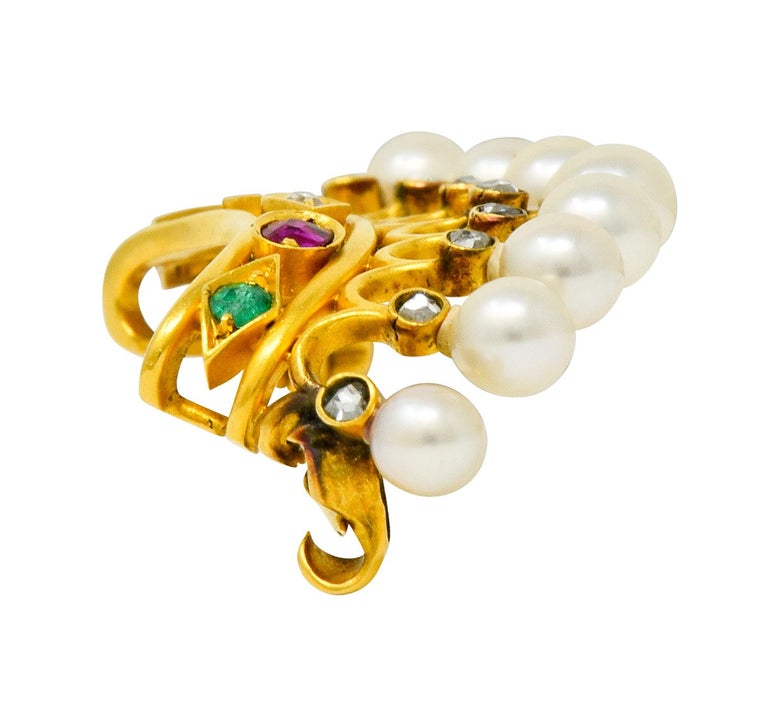 Bailey Banks & Biddle Ruby Emerald Pearl Diamond 18 Karat Gold Crown Brooch For Sale 2