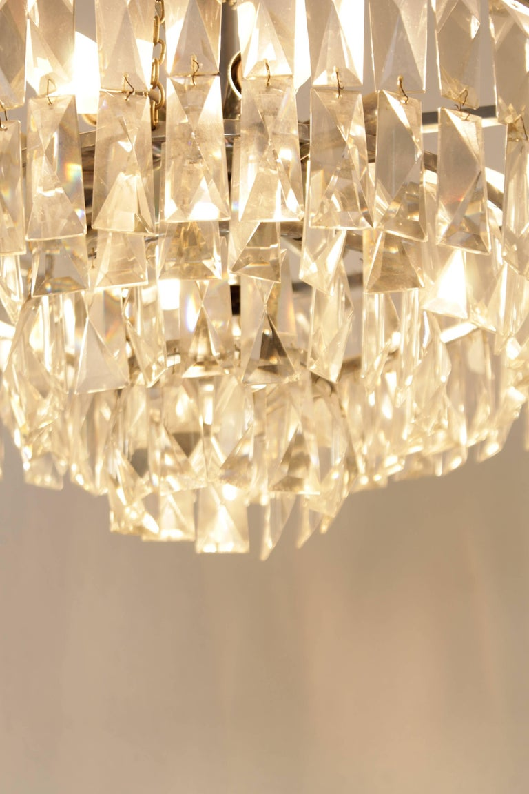 Bakalowits and Sohne Crystal Chandelier In Good Condition For Sale In Geneva, CH