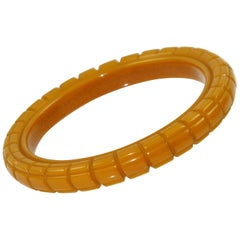 Bakelite Carved Bracelet Bangle Warm Butterscotch
