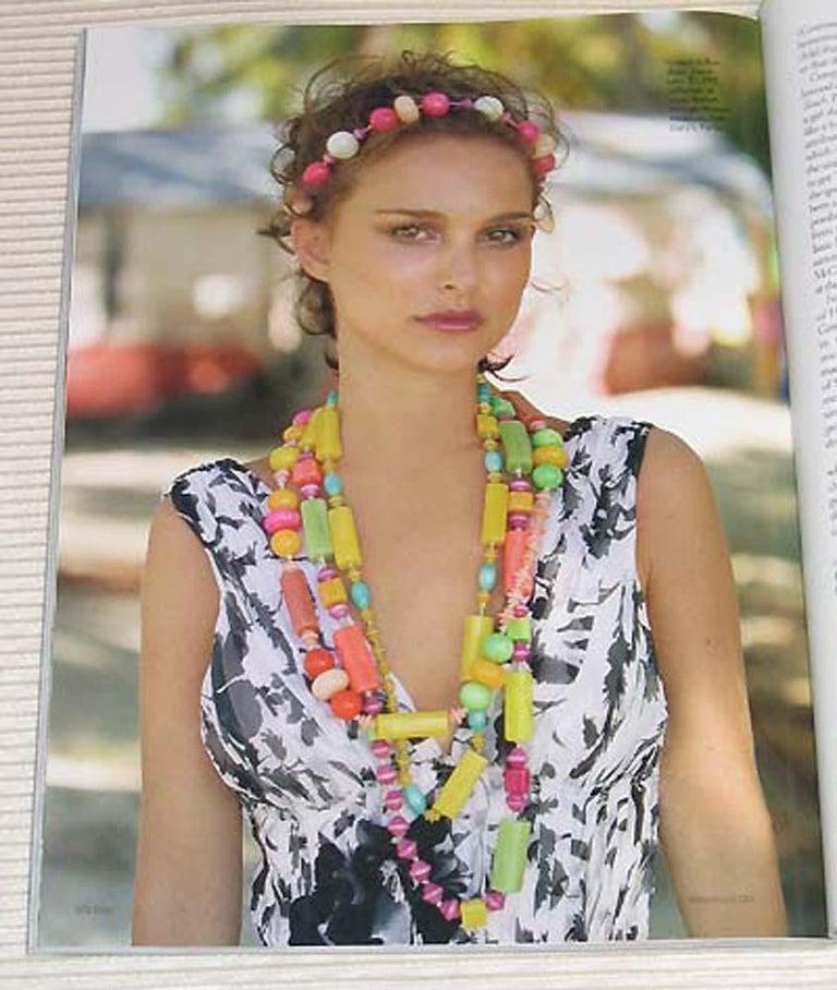 Bakelite & Lucite Necklace Extra Long Shape Black-White & Apple Green Beads For Sale 9