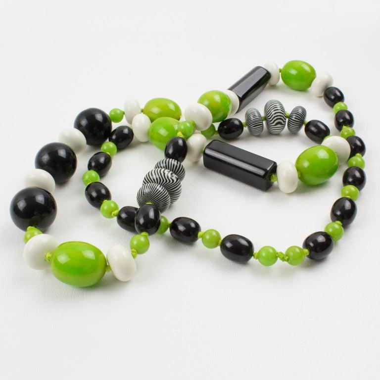 Bakelite & Lucite Necklace Extra Long Shape Black-White & Apple Green Beads For Sale 5