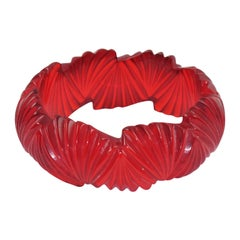 Bakelite Transparent Candy Apple Red Bangle Bracelet Deep Fan Carving
