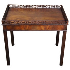 Baker Collectors Edition Chippendale Style Mahogany Tea Tray Table Parlor Accent
