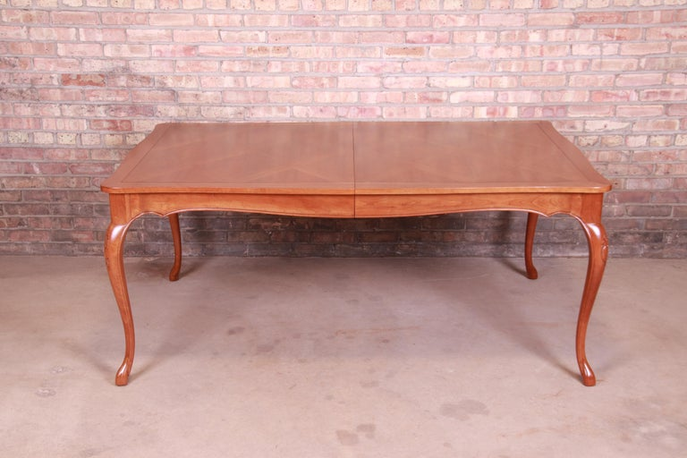 Baker Furniture French Provincial Louis XV Cherrywood Dining Table, Refinished For Sale 5
