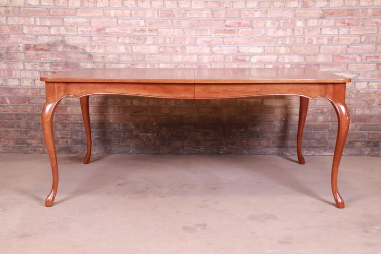Baker Furniture French Provincial Louis XV Cherrywood Dining Table, Refinished For Sale 6