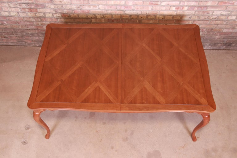 Baker Furniture French Provincial Louis XV Cherrywood Dining Table, Refinished For Sale 12