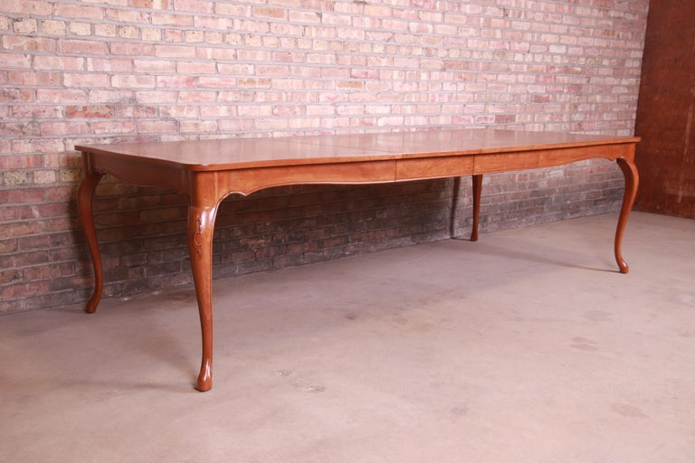 20th Century Baker Furniture French Provincial Louis XV Cherrywood Dining Table, Refinished For Sale