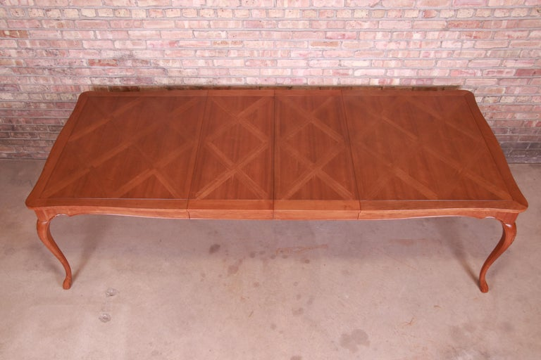 Baker Furniture French Provincial Louis XV Cherrywood Dining Table, Refinished For Sale 3
