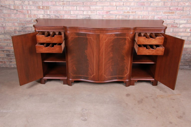 Baker Furniture Georgian Flame Mahogany Sideboard or Bar Cabinet, Newly Restored For Sale 6