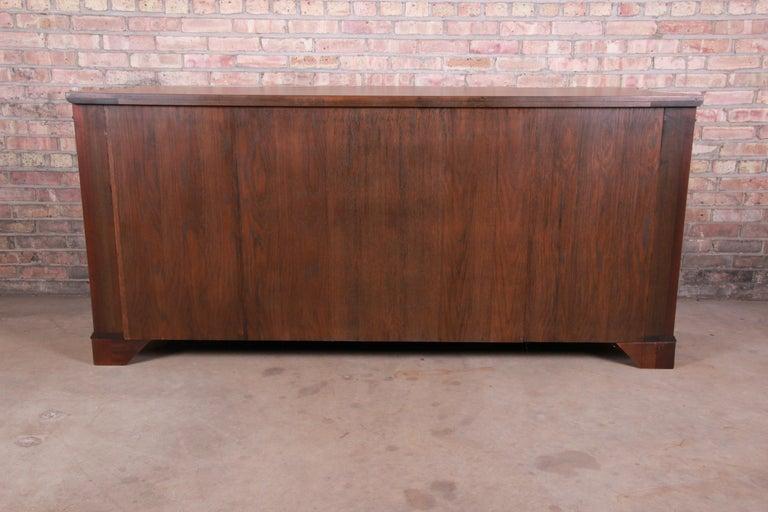 Baker Furniture Georgian Flame Mahogany Sideboard or Bar Cabinet, Newly Restored For Sale 11