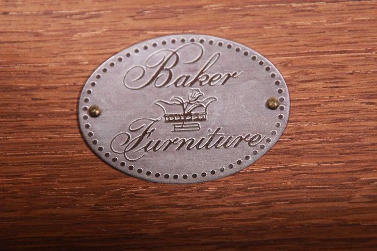 Baker Furniture Georgian Flame Mahogany Sideboard or Bar Cabinet, Newly Restored For Sale 12