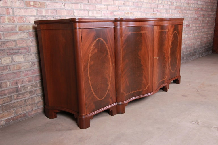 20th Century Baker Furniture Georgian Flame Mahogany Sideboard or Bar Cabinet, Newly Restored For Sale