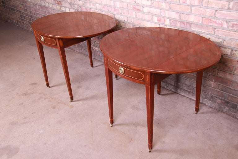 Baker Furniture Historic Charleston Mahogany Pembroke Tea Tables, Pair For Sale 10