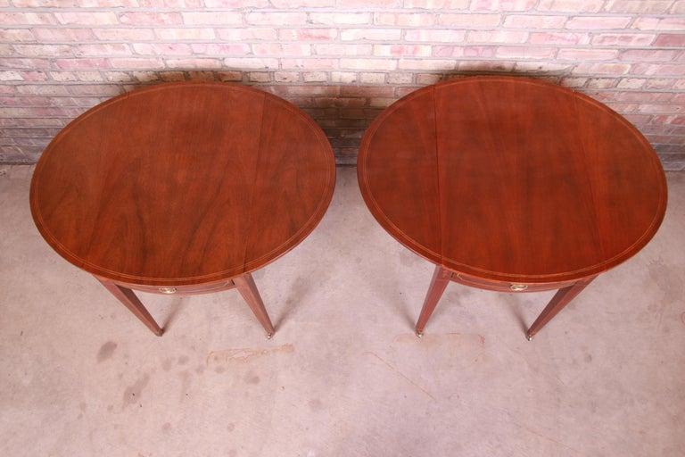 Baker Furniture Historic Charleston Mahogany Pembroke Tea Tables, Pair For Sale 11