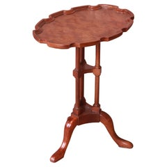 Baker Furniture Historic Charleston Queen Anne Mahogany and Burl Wood Tea Table
