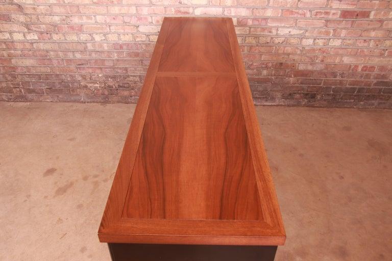Baker Furniture Hollywood Regency Chinoiserie Sideboard Credenza or Bar Cabinet For Sale 5