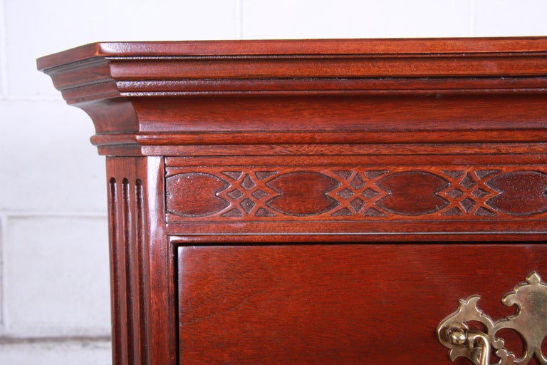 Baker Furniture Mahogany Chippendale Style Highboy Dresser In Good Condition For Sale In South Bend, IN
