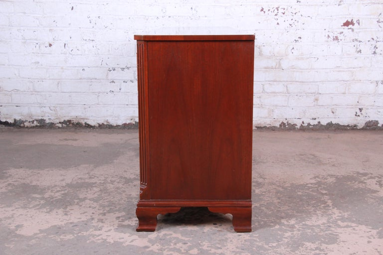 Baker Furniture Mahogany Chippendale Style Long Dresser For Sale 6