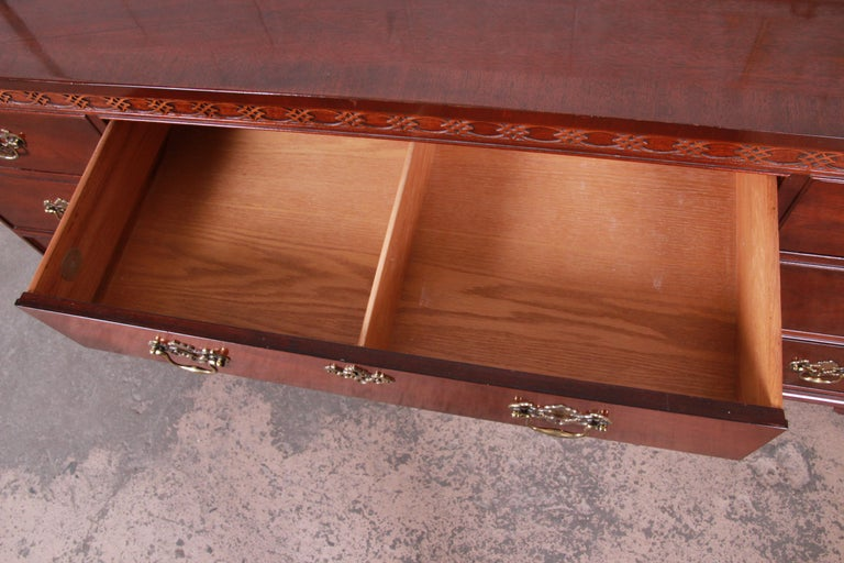 Baker Furniture Mahogany Chippendale Style Long Dresser For Sale 2