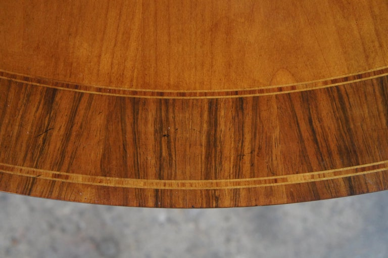 Hardwood Baker Furniture McMillian Traditional Georgian Round Extendable Pedestal Table