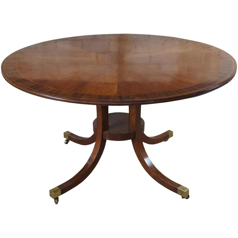 Baker Furniture McMillian Traditional Georgian Round Extendable Pedestal Table