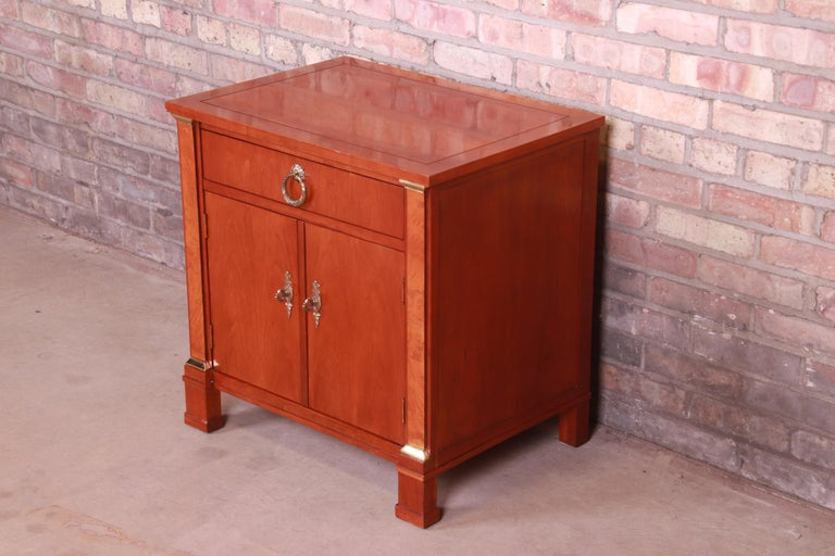 Baker Furniture Neoclassical Cherry and Burl Wood Nightstand In Good Condition For Sale In South Bend, IN