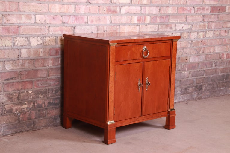 20th Century Baker Furniture Neoclassical Cherry and Burl Wood Nightstand For Sale