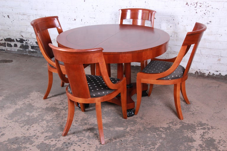 Baker Furniture Palladian Collection Neoclical Cherrywood Dining Set In Good Condition For South Bend
