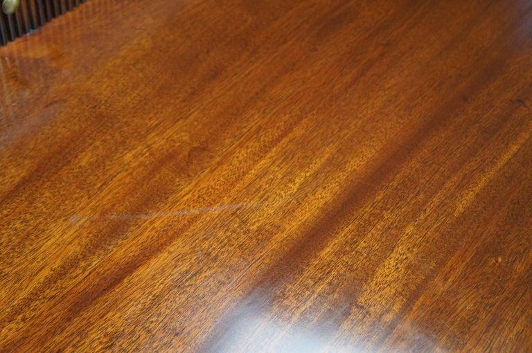 Baker Furniture Sheraton Style Mahogany Serpentine Sideboard Buffet Hepplewhite For Sale 5