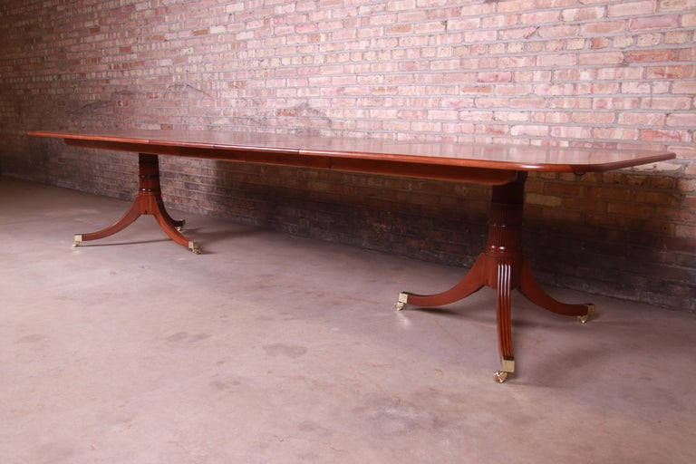Late 20th Century Baker Furniture Stately Homes Georgian Banded Mahogany Dining Table, Restored For Sale
