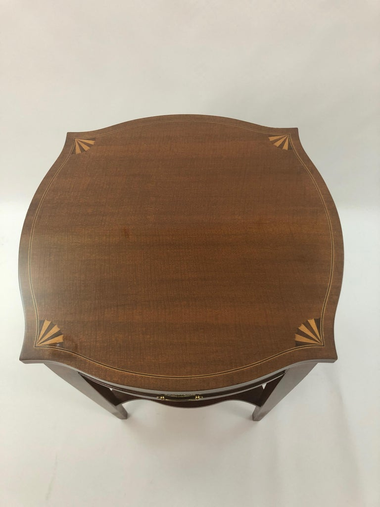 Baker Historic Charleston Mahogany and Satinwood Inlay Side Table In Excellent Condition For Sale In Hopewell, NJ