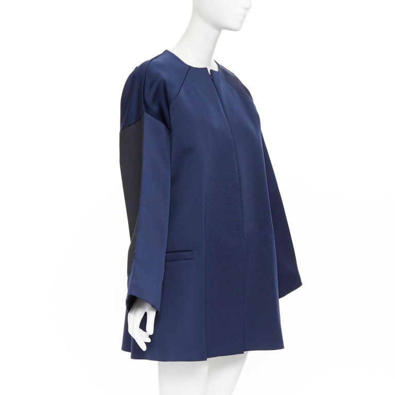 BALENCIAGA 2012 Ghesquiere navy black colorblocked structured cocoon coat FR40 In Excellent Condition For Sale In Hong Kong, NT