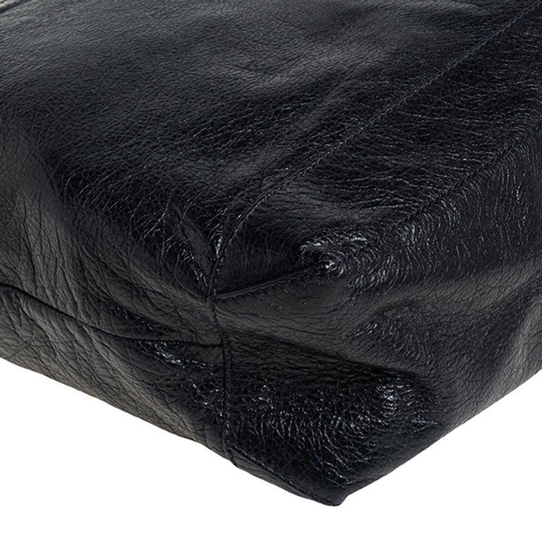 Balenciaga Black Leather RH Day Messenger Bag For Sale 2