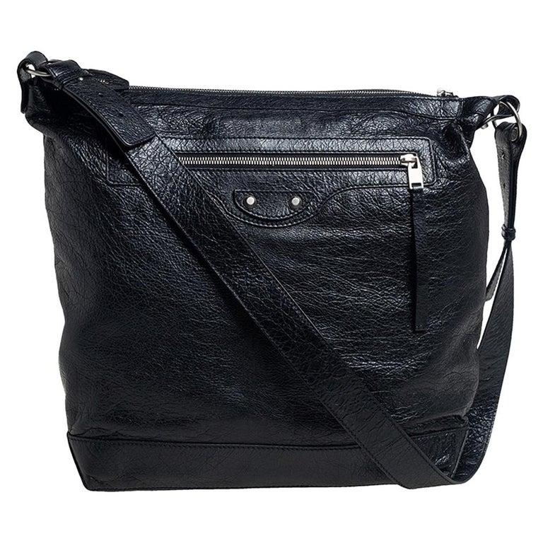 Balenciaga Black Leather RH Day Messenger Bag For Sale