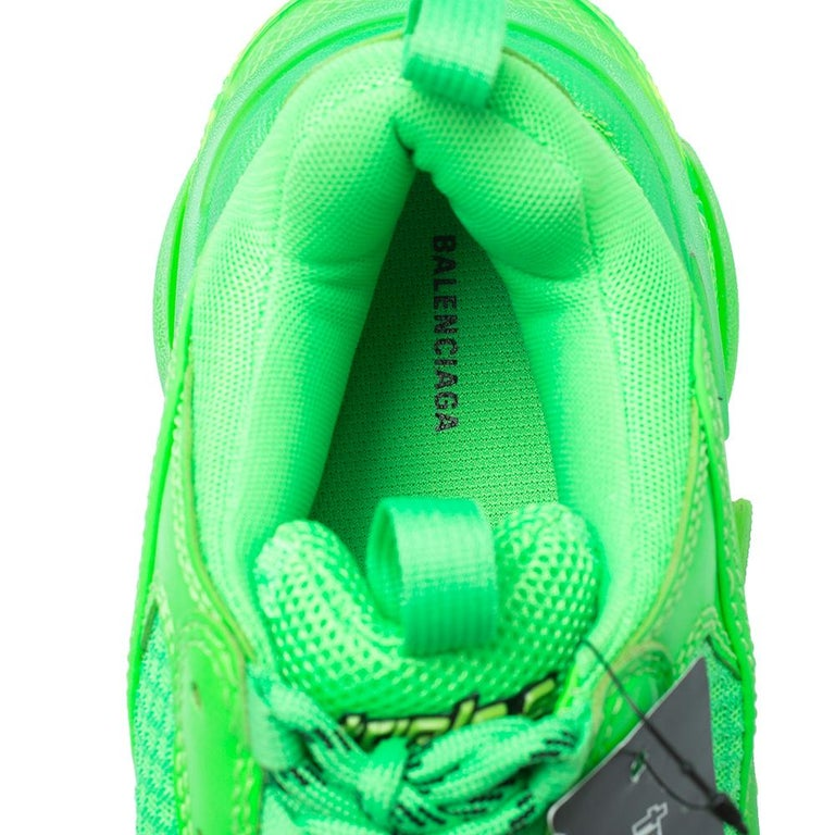 Balenciaga Bright Green Leather And Mesh Triple S Sneakers Size 40 For Sale 1