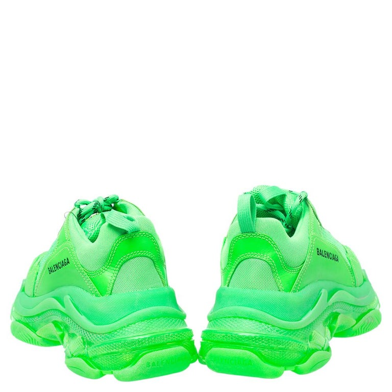 Balenciaga Bright Green Leather And Mesh Triple S Sneakers Size 40 For Sale 2