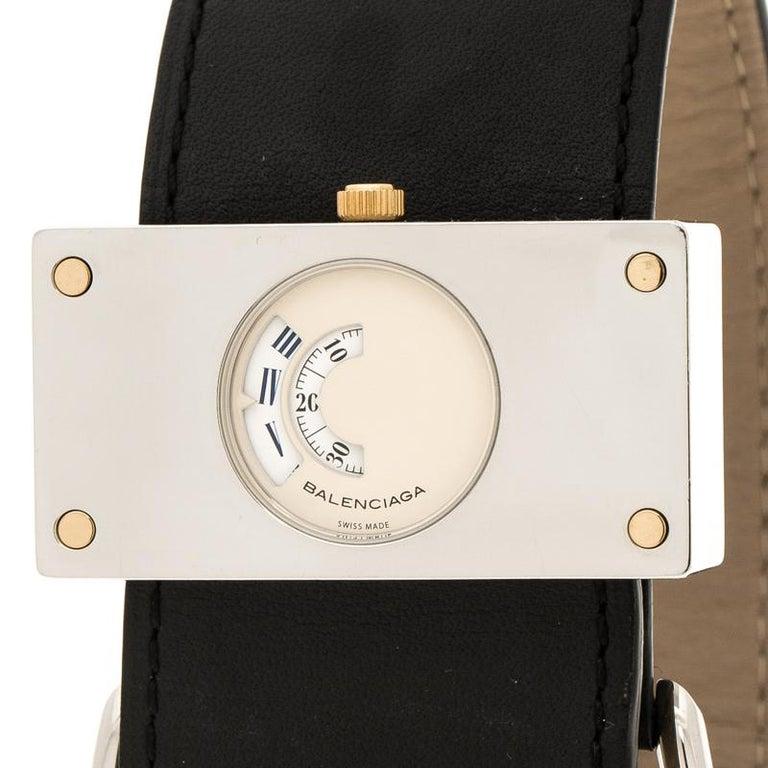Balenciaga Cream Stainless Steel Limited Edition Women's Wristwatch 45 mm In Good Condition For Sale In Dubai, Al Qouz 2