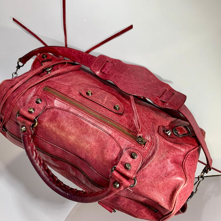 Balenciaga Hand Bag The Twiggy Reds Leather, Made in Italy, Shoulder Bag For Sale 7