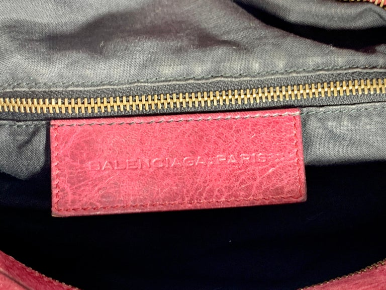Women's Balenciaga Hand Bag The Twiggy Reds Leather, Made in Italy, Shoulder Bag For Sale