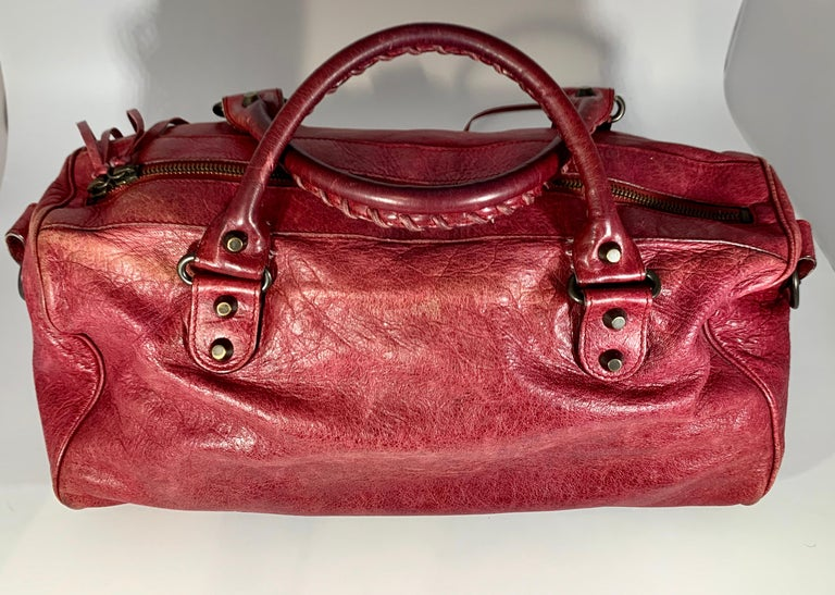 Balenciaga Hand Bag The Twiggy Reds Leather, Made in Italy, Shoulder Bag For Sale 1