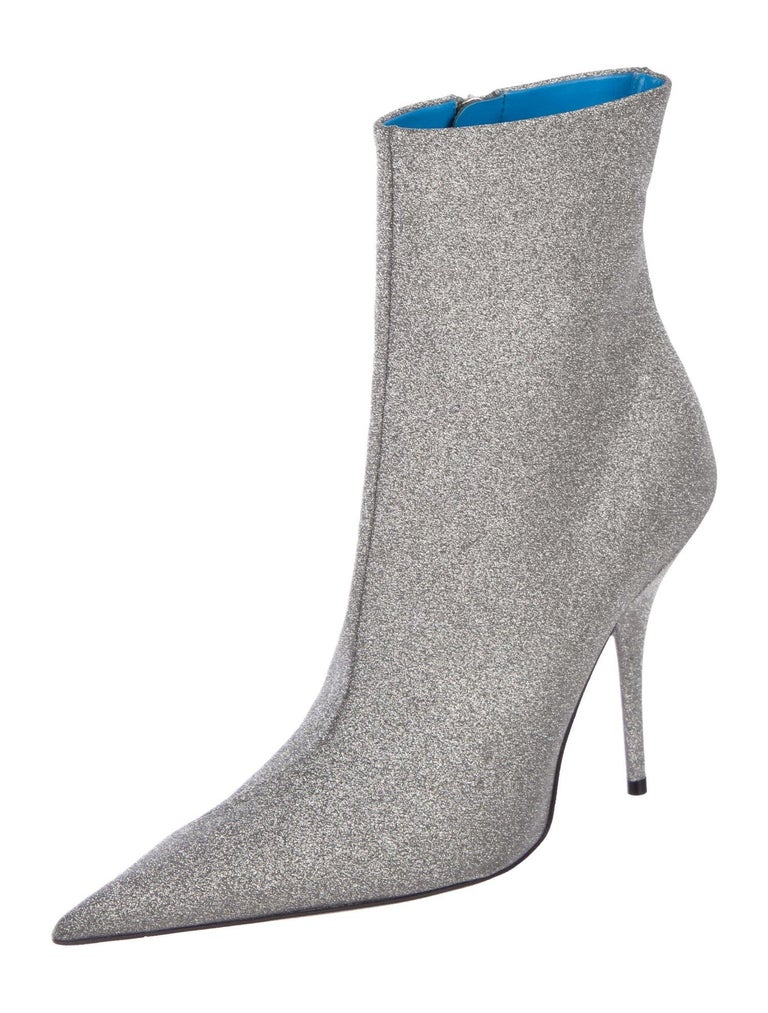 Balenciaga NEW Silver Glitter Pointy Toe Evening Ankle Boots Booties In New Condition For Sale In Chicago, IL